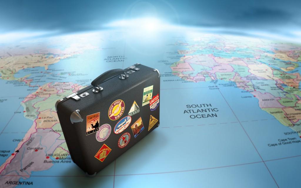 Viajar sozinho ou comprar online pacote de viagens